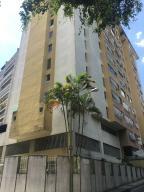 Apartamento En Venta En Los Teques, Municipio Guaicaipuro, Venezuela, VE RAH: 17-3433