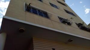 Apartamento En Venta En Caracas, Los Rosales, Venezuela, VE RAH: 17-3085