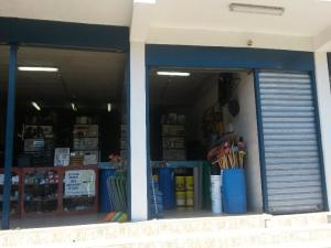 Local Comercial En Venta En Carrizal, Municipio Carrizal, Venezuela, VE RAH: 17-3086