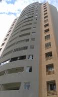 Apartamento En Venta En Valencia, El Parral, Venezuela, VE RAH: 17-3108