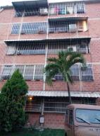 Apartamento En Venta En Guarenas, El Torreon, Venezuela, VE RAH: 17-3105