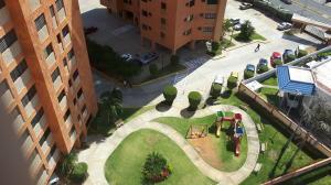 Apartamento En Venta En Maracaibo, Avenida Bella Vista, Venezuela, VE RAH: 17-3127