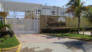 Apartamento En Venta En Tucacas, Tucacas, Venezuela, VE RAH: 17-3203