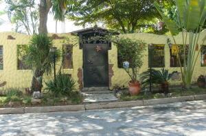 Casa En Venta En Valencia, El Parral, Venezuela, VE RAH: 17-3236