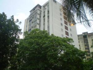 Apartamento En Venta En Valencia, Lomas Del Este, Venezuela, VE RAH: 17-3272