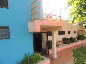 Casa En Venta En Rio Chico, Los Canales De Rio Chico, Venezuela, VE RAH: 17-3325