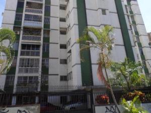 Apartamento En Venta En Caracas, La Trinidad, Venezuela, VE RAH: 17-3367