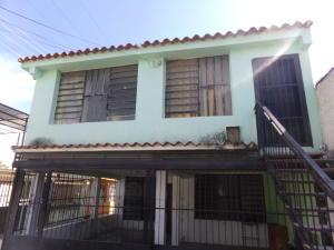 Casa En Venta En Valencia, La Isabelica, Venezuela, VE RAH: 17-3405