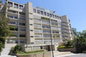 Apartamento En Venta En Caracas, Colinas De Valle Arriba, Venezuela, VE RAH: 17-3704