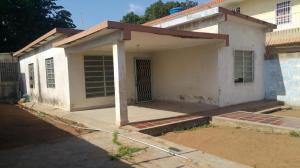 Casa En Venta En Municipio San Francisco, San Francisco, Venezuela, VE RAH: 17-3448
