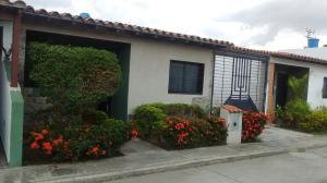 Townhouse En Venta En Municipio San Diego, Terranostra, Venezuela, VE RAH: 17-3451