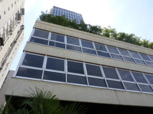 Local Comercial En Alquiler En Caracas, Los Ruices, Venezuela, VE RAH: 17-3462