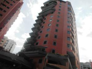 Apartamento En Venta En Valencia, El Parral, Venezuela, VE RAH: 17-3464