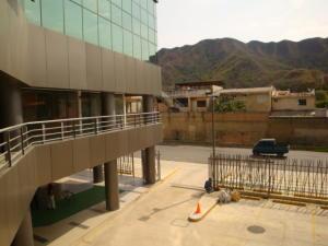 Oficina En Alquiler En Municipio Naguanagua, Maã±Ongo, Venezuela, VE RAH: 17-3478