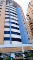 Apartamento En Venta En Valencia, La Trigaleña, Venezuela, VE RAH: 17-3618