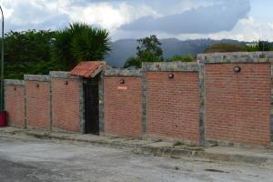 Casa En Venta En Caracas, Bosques De La Lagunita, Venezuela, VE RAH: 17-3495