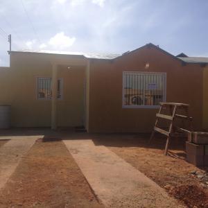 Casa En Venta En Punto Fijo, Puerta Maraven, Venezuela, VE RAH: 17-3493