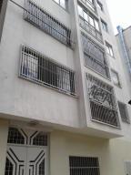 Apartamento En Venta En Caracas, Colinas De Bello Monte, Venezuela, VE RAH: 17-3573