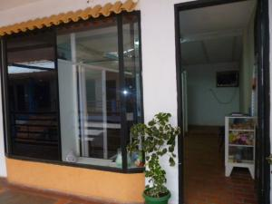 Local Comercial En Ventaen Punto Fijo, Puerta Maraven, Venezuela, VE RAH: 17-3510