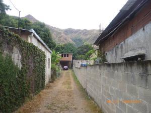 Terreno En Venta En Maracay, El Castaño, Venezuela, VE RAH: 17-3535