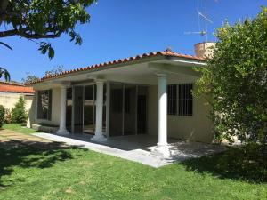 Casa En Venta En Rio Chico, Los Canales De Rio Chico, Venezuela, VE RAH: 17-3540