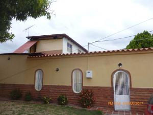 Casa En Venta En La Victoria, La Mora Ii, Venezuela, VE RAH: 17-3543