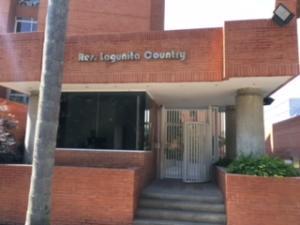 Apartamento En Venta En Caracas, La Lagunita Country Club, Venezuela, VE RAH: 17-3574