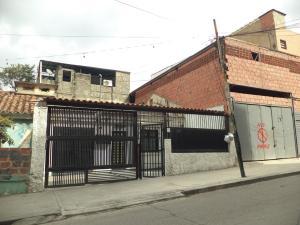 Casa En Venta En Caracas, Propatria, Venezuela, VE RAH: 17-3572
