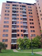 Apartamento En Venta En Caracas, Colinas De La Tahona, Venezuela, VE RAH: 17-3586