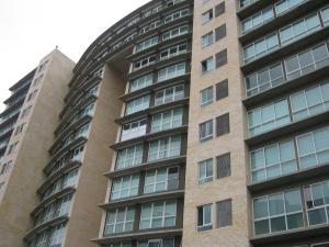 Apartamento En Alquiler En Caracas, El Rosal, Venezuela, VE RAH: 17-3755