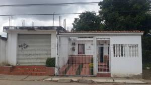 Casa En Venta En Barquisimeto, Parroquia El Cuji, Venezuela, VE RAH: 17-3594