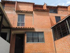 Casa En Venta En Guatire, El Encantado Ii, Venezuela, VE RAH: 17-3683