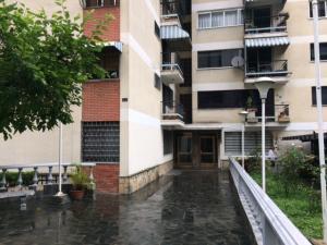 Apartamento En Venta En Caracas, El Recreo, Venezuela, VE RAH: 17-3605