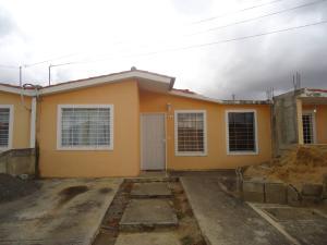 Casa En Venta En Barquisimeto, Parroquia Tamaca, Venezuela, VE RAH: 17-3615