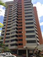 Apartamento En Venta En Caracas, Las Mesetas De Santa Rosa De Lima, Venezuela, VE RAH: 17-3622