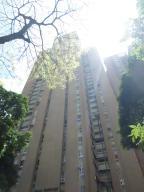 Apartamento En Venta En Caracas, El Paraiso, Venezuela, VE RAH: 17-3632