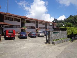 Apartamento En Venta En El Junquito-Vargas, El Junko Country Club, Venezuela, VE RAH: 17-3653
