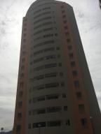 Apartamento En Venta En Valencia, El Parral, Venezuela, VE RAH: 17-3644