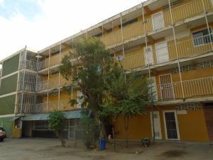 Apartamento En Venta En Valencia, La Isabelica, Venezuela, VE RAH: 17-3957