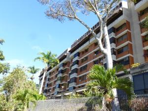 Apartamento En Venta En Caracas, Las Esmeraldas, Venezuela, VE RAH: 17-3655