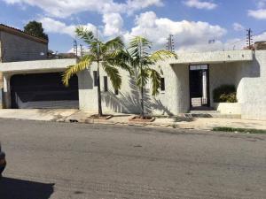 Casa En Venta En Municipio San Diego, Morro Ii, Venezuela, VE RAH: 17-3670