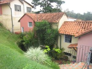 Townhouse En Venta En Caracas, Monte Claro, Venezuela, VE RAH: 17-3674