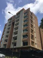 Apartamento En Venta En Caracas, Solar Del Hatillo, Venezuela, VE RAH: 17-3673