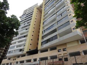 Apartamento En Venta En Valencia, Las Chimeneas, Venezuela, VE RAH: 17-3907