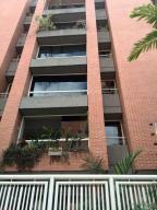 Apartamento En Alquiler En Caracas, Campo Alegre, Venezuela, VE RAH: 17-3708