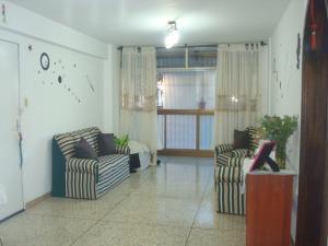 Apartamento En Venta En Caracas - Santa Monica Código FLEX: 17-3713 No.3