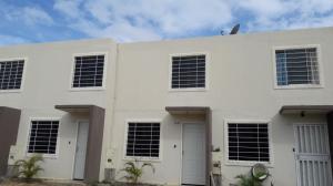 Casa En Venta En Barquisimeto, La Ensenada, Venezuela, VE RAH: 17-3715