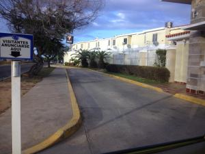 Townhouse En Venta En Maracaibo, Fuerzas Armadas, Venezuela, VE RAH: 17-3737