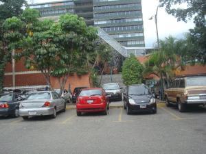 Local Comercial En Alquiler En Caracas, La Castellana, Venezuela, VE RAH: 17-3731
