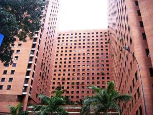 Apartamento En Alquiler En Caracas, Sabana Grande, Venezuela, VE RAH: 17-3823